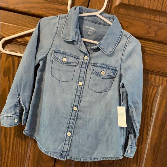 GAP Other - NWT Gap Jean button down. Size: 3